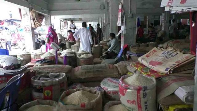নওগাঁর বাজারে নেই মোটা চাল, চিকনের দাম বৃদ্ধি