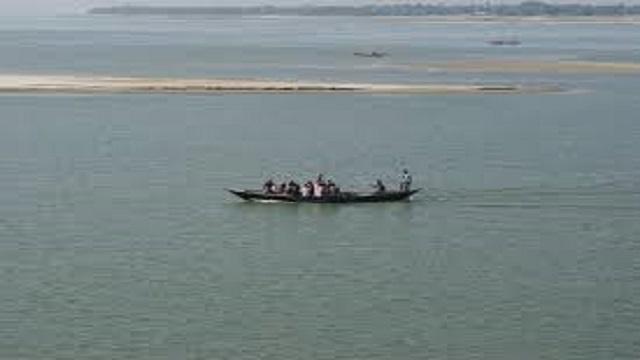 বজ্রপাতে চাঁপাইনবাবগঞ্জে নদীতেই ১৬ বরযাত্রীর মৃত্যু