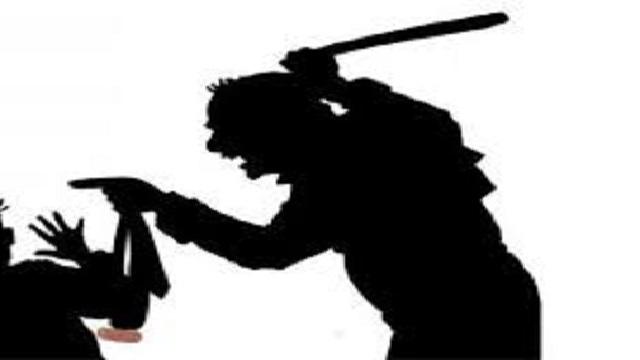 রাণীনগরে জুয়ার টাকা ভাগবাটোয়ারা নিয়ে বন্ধুকে জখম