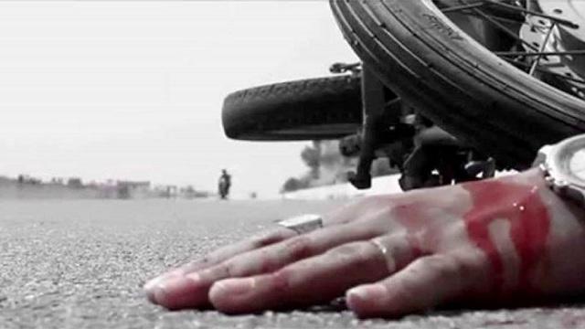 নিয়ামতপুরে ট্রাকচাপায় মোটরসাইকেল আরোহী নিহত