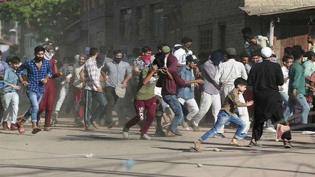 কাশ্মীরে আবারও কারফিউ জারি করেছে ভারত